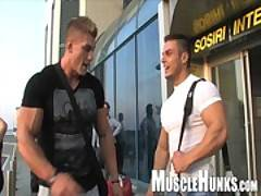 Muscle Hunks - Kevin Conrad 24-1
